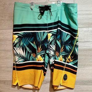 Vibrant ripcurl board shorts Size 30